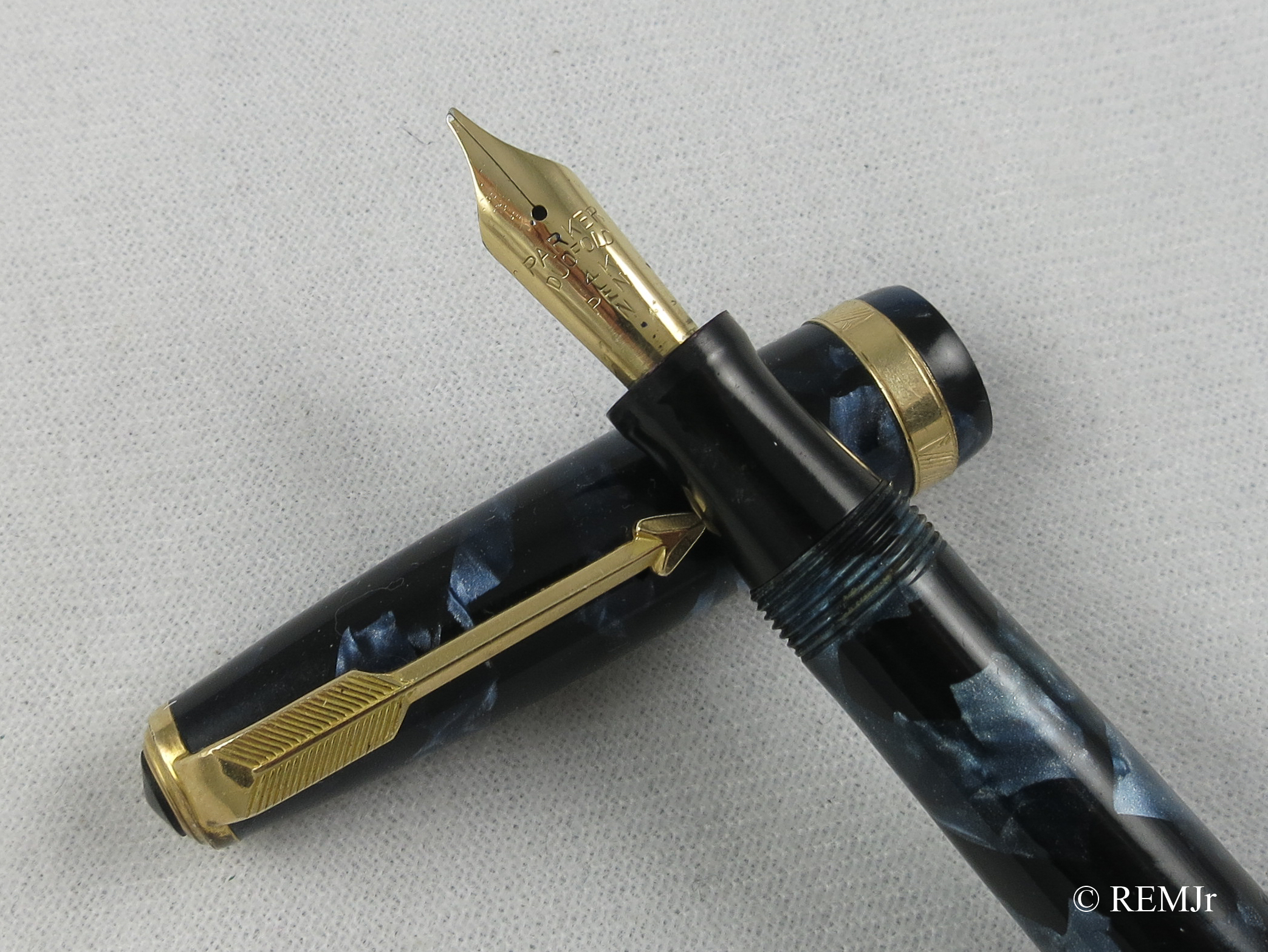 English Parker Duofold NS in Blue Marbled (SB 604)