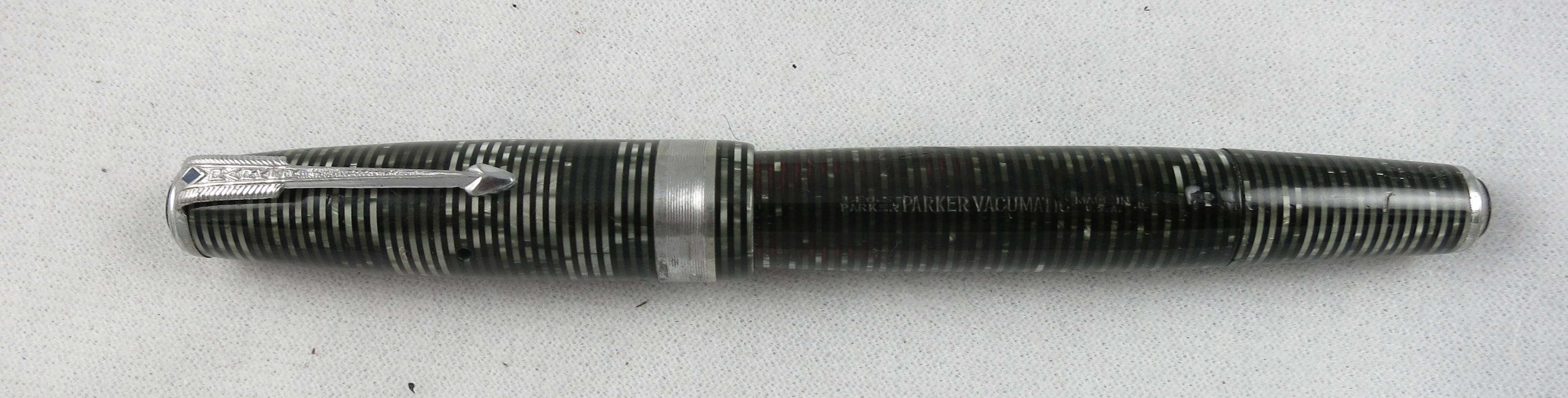 Parker Vacumatic - Two jewel, wide Band 1940 Silver Pearl, Speedline Filler (Pen 1997)