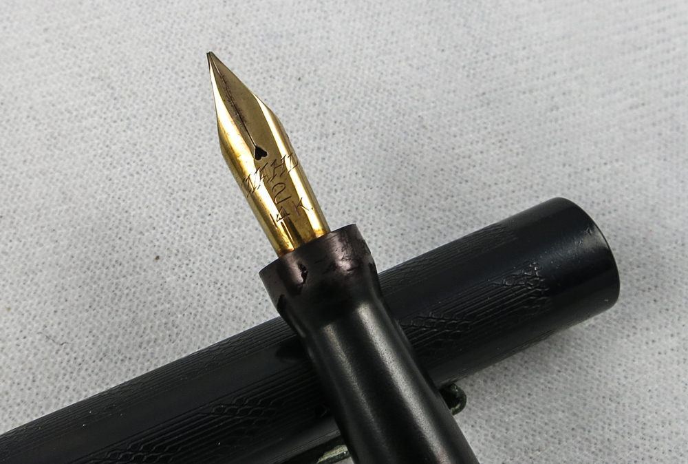 Wahl Pen - Chased Hard Rubber - Fine FLEX (Pen 2258)