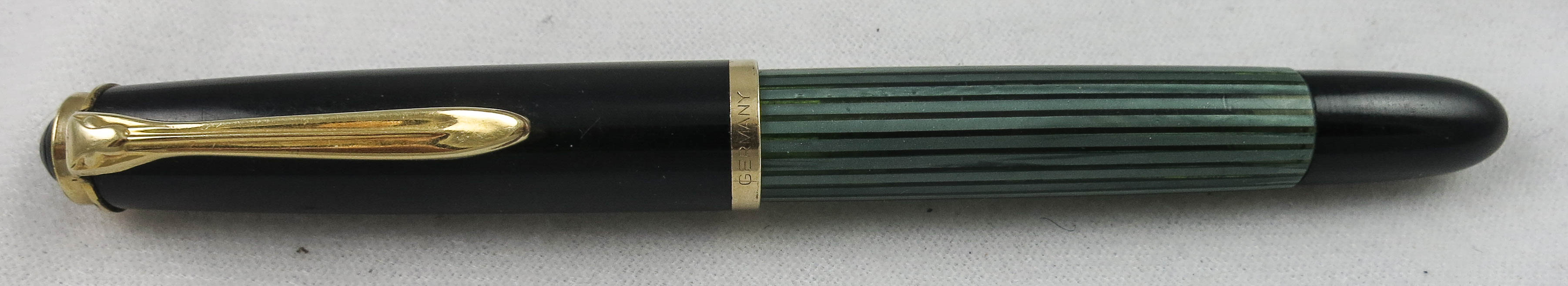 Pelikan 400 Green Striped - Flex Nib (SB524)