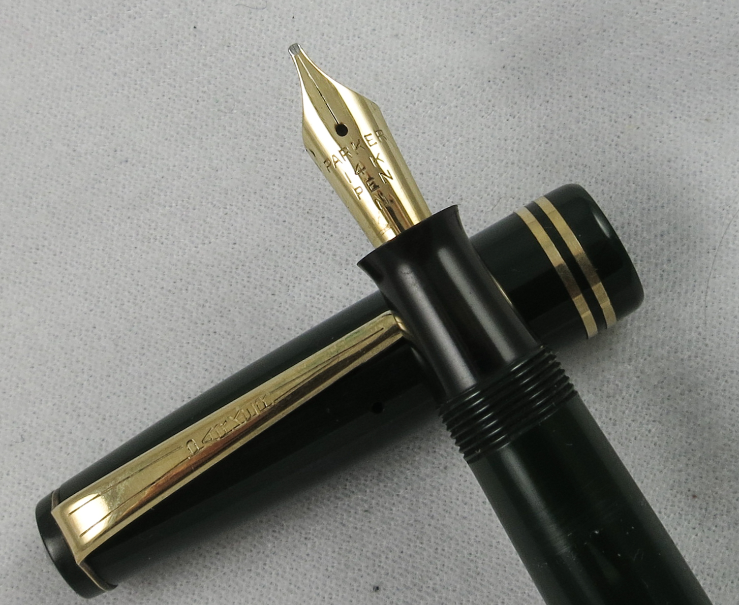 English Parker Victory - Forest Green (SB547)