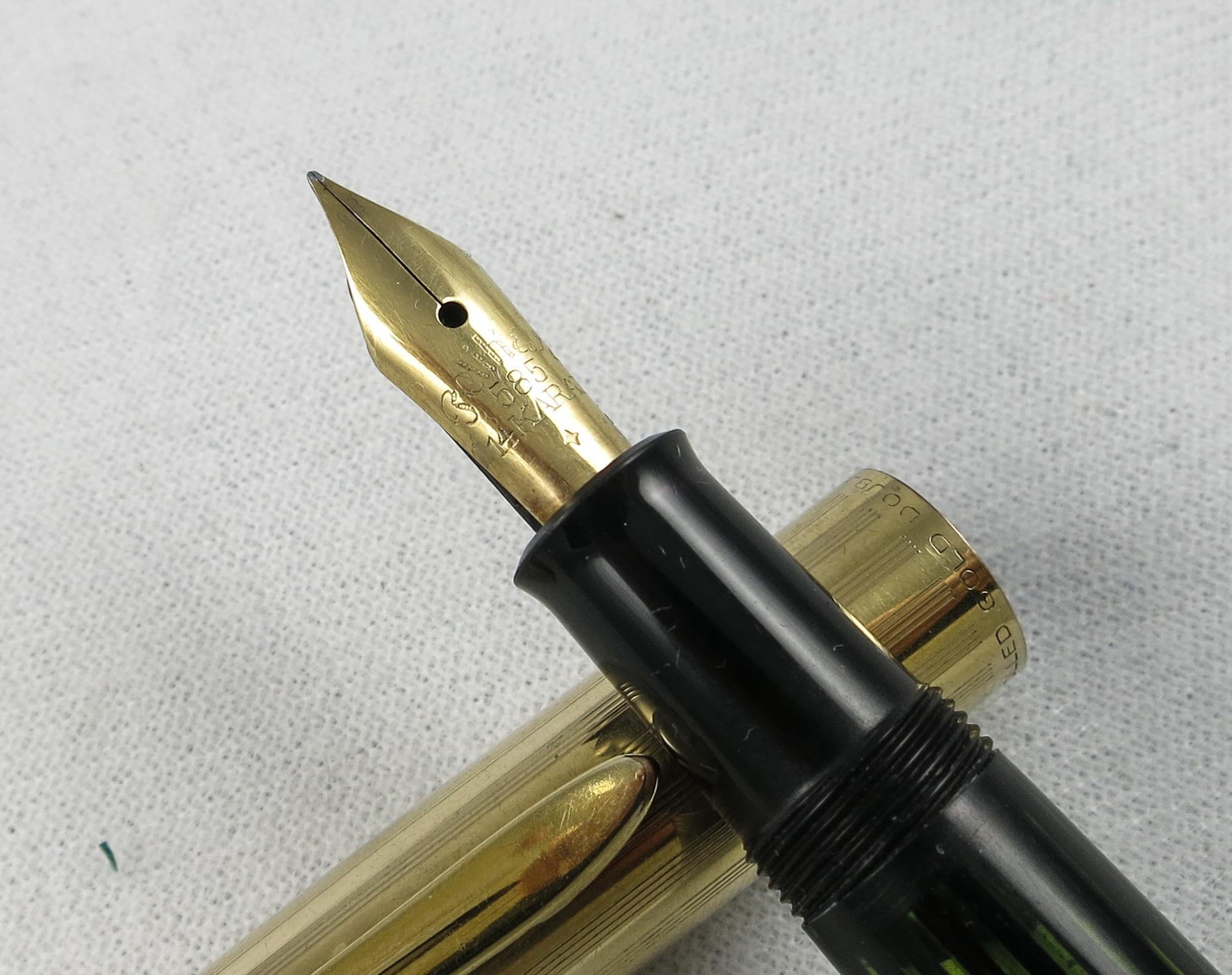 Pelikan 500NN - Rolled Gold cap, Green-black Barrel (SB596)